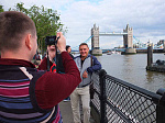 Фотография на фоне Tower Bridge